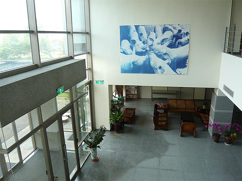 動物所研究大樓大廳